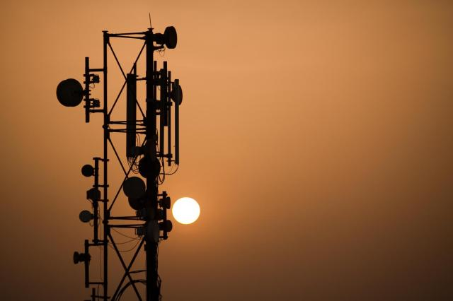 Mobile Tower, No Radiation, Radiation, Telcos, TRAI, WHO, Delhi